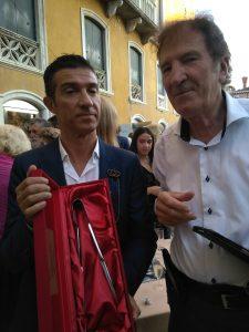 Simone Cenedese e Luciano Chinese a Palazzo Franchetti per il premio ricevuo da Simone Cenedese al Venice Glass Week